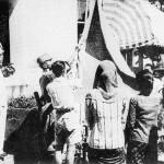 pengibaran bendera peristiwa proklamasi